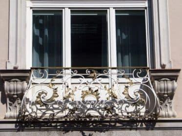 Французский балкон в ковке