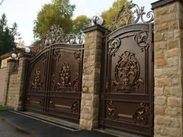Ворота в стиле Новое Барокко