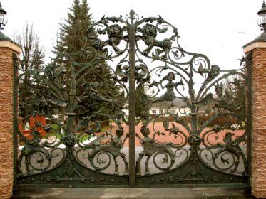 Кованые ворота русские
